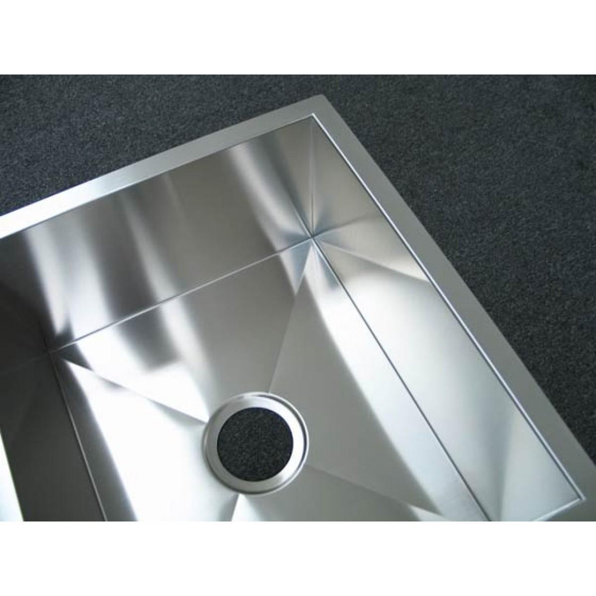 32 Inch Stainless Steel Undermount 40/60 Double Bowl Kitchen Sink Zero  Radius Design