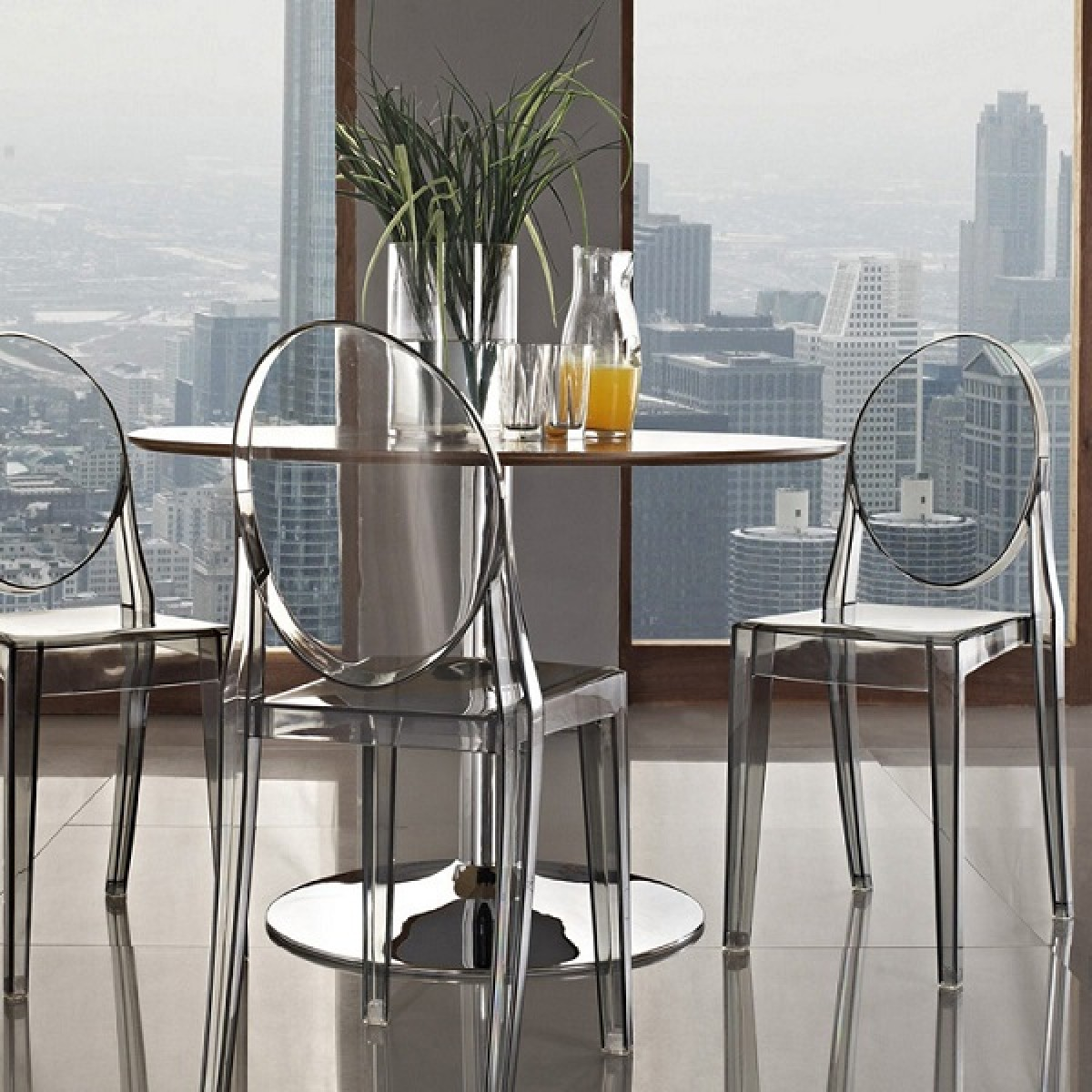 Victoria style ghost dining chair clear color for Sala da pranzo kartell