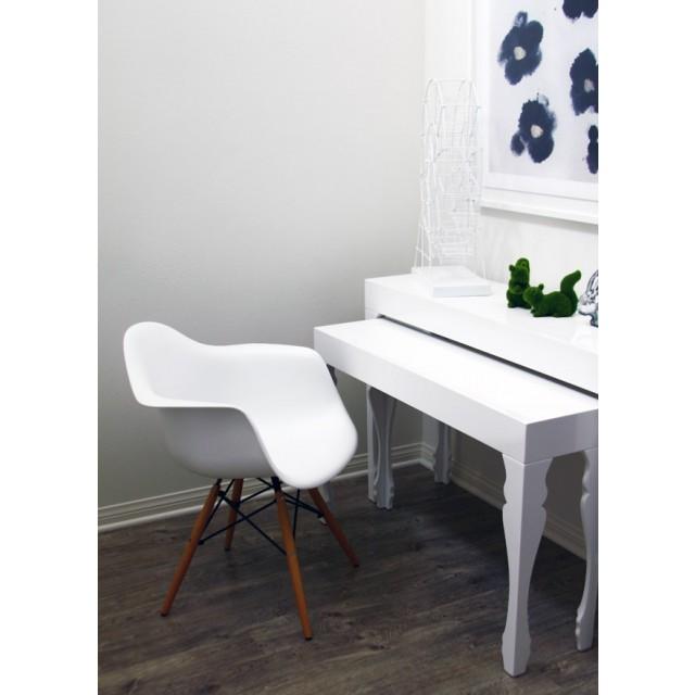 Sensational Daw Molded White Plastic Dining Armchair With Wood Eiffel Legs Dailytribune Chair Design For Home Dailytribuneorg