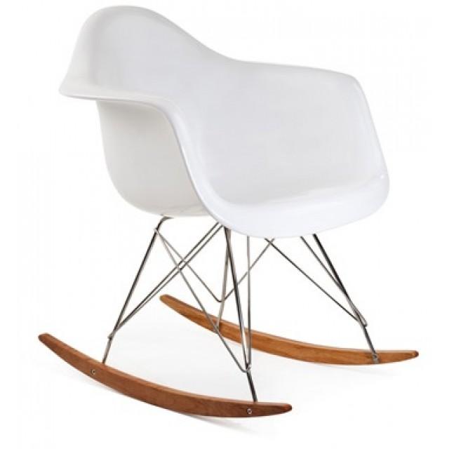 Attrayant RAR Molded White Plastic Rocking Chair With Steel Eiffel Legs