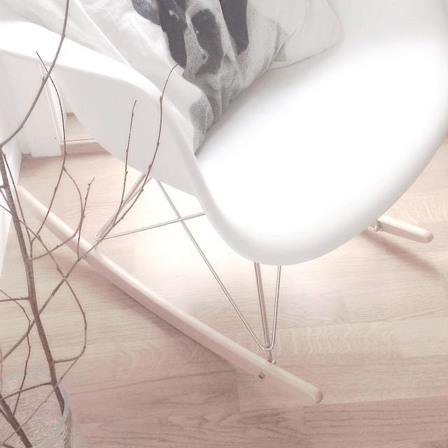 RAR Molded White Plastic Rocking Chair With Steel Eiffel Legs