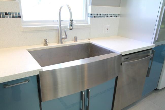 Superbe 30 Inch Stainless Steel Single Bowl Curved Front Farm Apron Kitchen Sink  Zero Radius Design