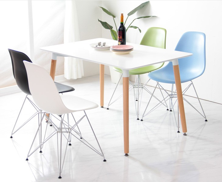Set Of 4 Eames Style DSR Molded White Plastic Dining Shell Chair With Steel  Eiffel Legs
